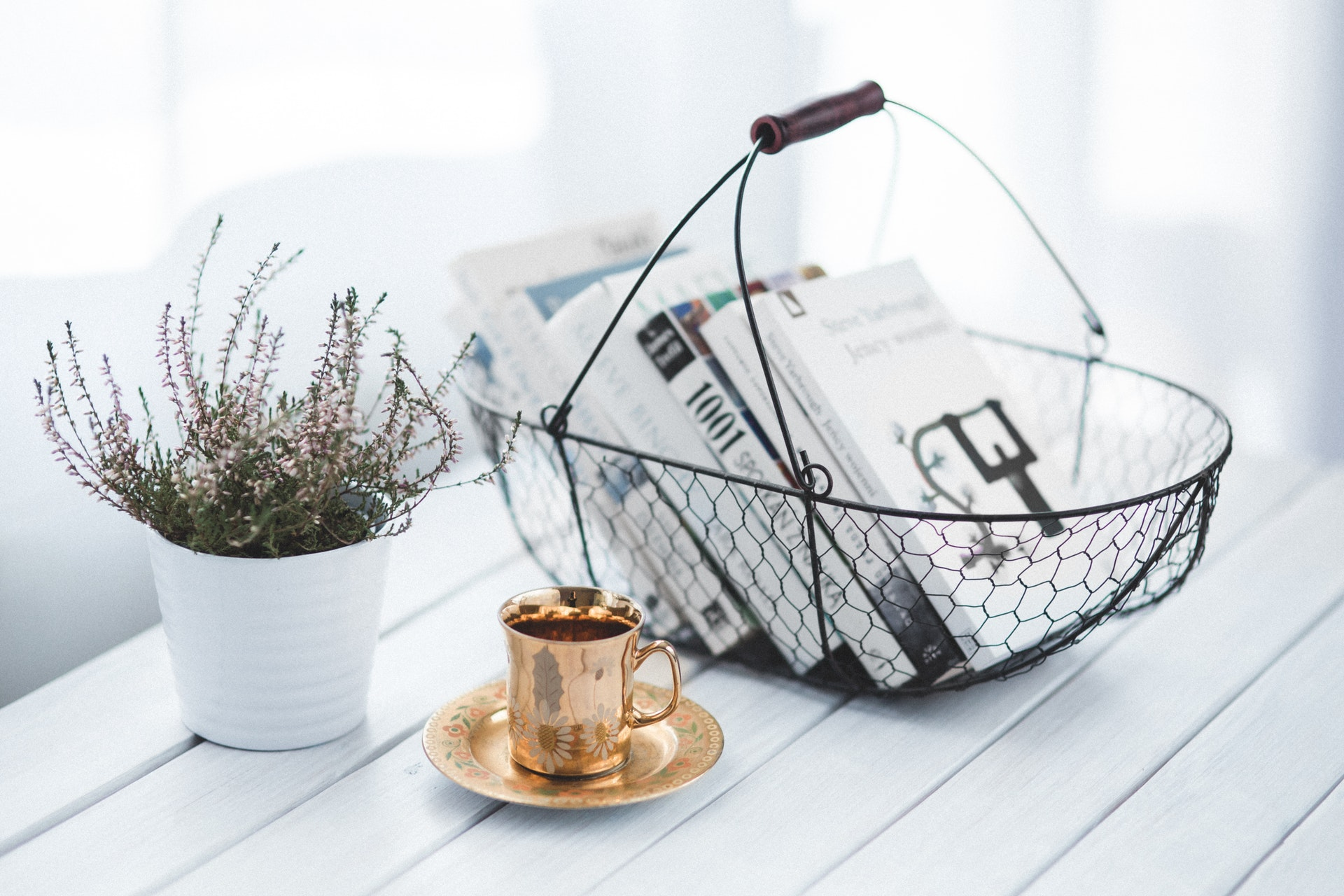 feng shui - coffee table